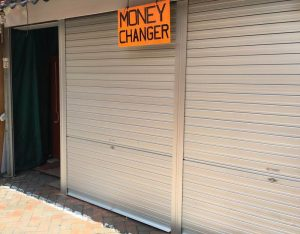 Manually Operated Aluminium Roller Shutters for Souvenir and Gift Shop