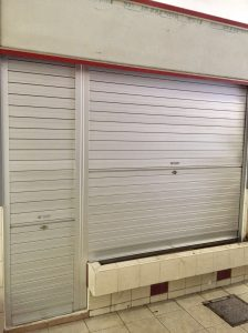 Manually Operated Aluminium Roller Shutter for Flower Stall at Redhill Lane Market (2 panels with removable center mullion)